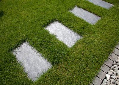Rollrasen für das perfekte Grün im Garten
