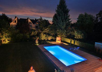 Gartengestaltung-Villa-mit-Pool