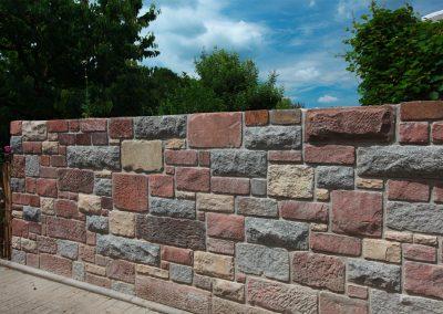 Mauern zur Abgrenzung des Gartens