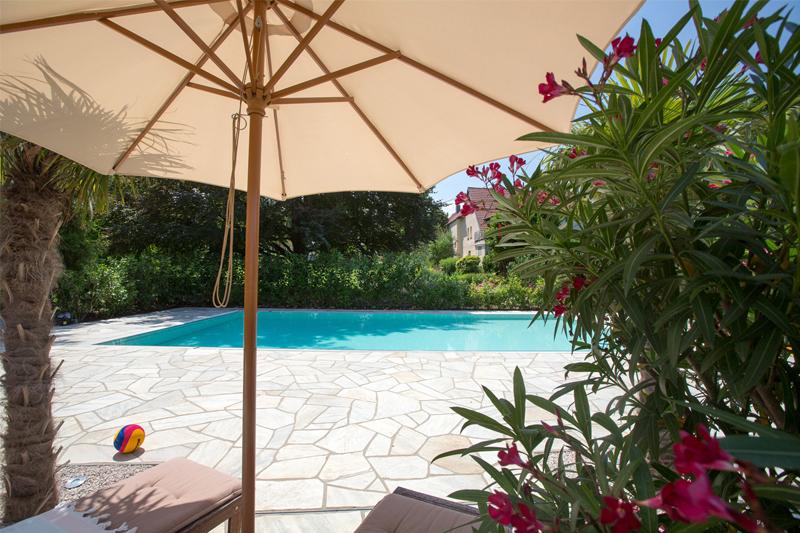 Garten Swimmingpool