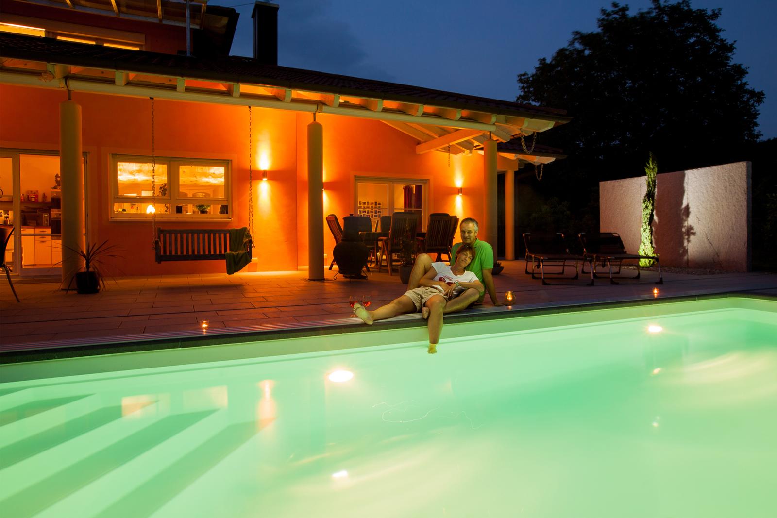 Schwimmbadbau freiburg schwimmb der gartenpools vom profi - Pool am haus ...