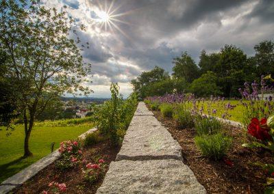 hanggarten-mit-wunderschoenem-ausblick