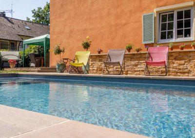 Pflegen Sie Ihren Pool regelmäßig