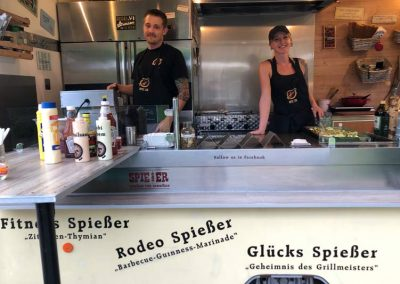foodtruck-bei-team-gruen-furtner