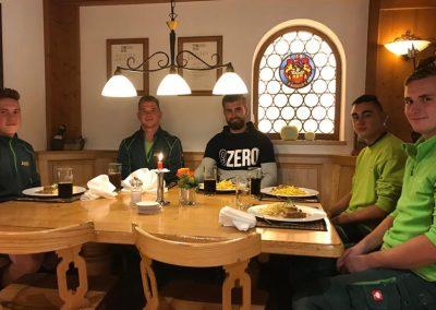 Mittagessen mit den Auszubildenden