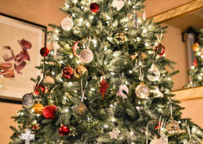 Geschmückter Grüner Weihnachtsbaum