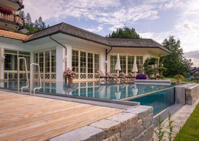 Wellness Hotel bei Freiburg mit Infinite Pool