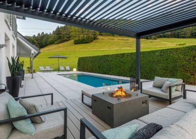 Hausgarten mit Lounge Sitzecke