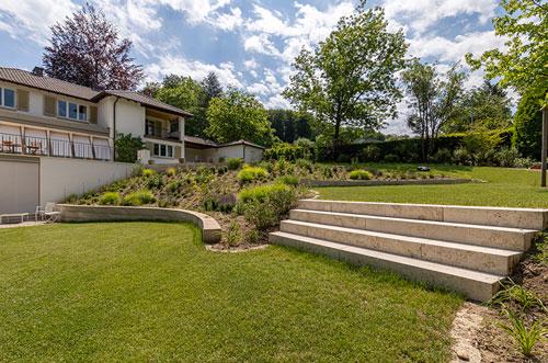 Treppe-Im-Garten-Planen-Bauen